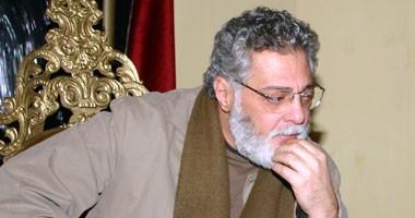 ماذا قال نور الشريف عن فترة بقاء توفيق عبدالحميد فى عنق الزجاجة؟