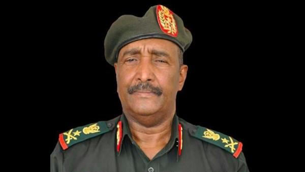 أول قرار من البرهان بعد تعيينه رئيسا للمجلس العسكري في السودان
