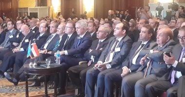 وزير الصناعة يعلن إطلاق استراتيجية التنمية الصناعية والتجارة الخارجية حتى2020