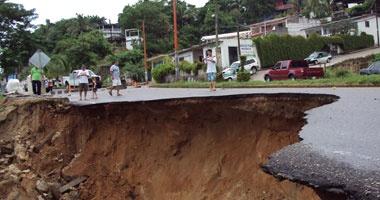 مصرع 6 أشخاص جراء وقوع انهيار أرضى شمال كولومبيا