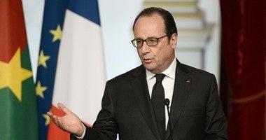 هولاند يؤكد أن فرنسا لن تقبل بمخيمات لاجئين على اراضيها